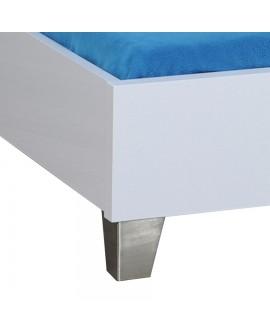 Détail du cadre de lit et des pieds chrome du lit adulte FIONA