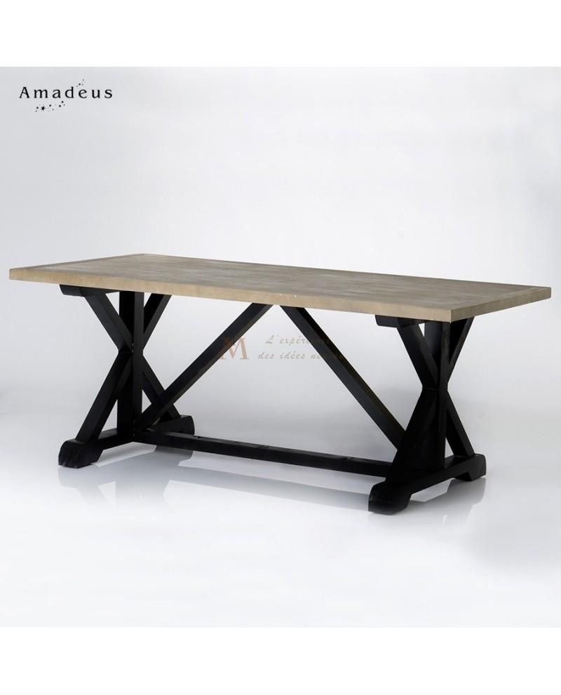 Table rectangulaire de chalet pi tement noir plateau bois for Table de chalet